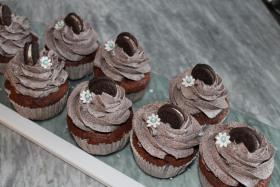 Foto 25 HAUSGEMACHT: Cupcakes in tausendundeins Variationen...einfach köstlich !... und auch optisch ein Genuß !