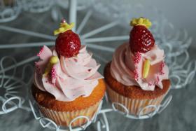 Foto 35 HAUSGEMACHT: Cupcakes in tausendundeins Variationen...einfach köstlich !... und auch optisch ein Genuß !