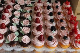 Foto 27 HAUSGEMACHT: Mini - Cupcakes, kleine süße , verführerische Leckereien...einfach passend zu jeder Gelegenheit !