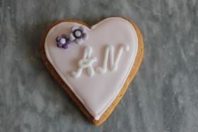 HAUSGEMACHT: Wedding-Cookies oder eßbare Tischkärtchen und Tischdekora
