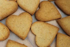 Foto 4 HAUSGEMACHT: Wedding-Cookies oder eßbare Tischkärtchen und Tischdekoration