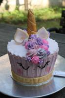 Foto 16 HAUSGEMACHT: XXL -  Cupcakes, einfach gigantisch... Giant Cupcakes in Übergröße für Große + Kleine Genießer