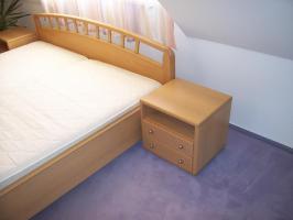 HOCHWERTIGES Schlafzimmer (großer Eck-Schrank!!! - großes Bett)