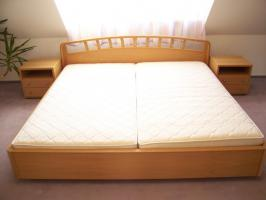 Foto 3 HOCHWERTIGES Schlafzimmer (großer Eck-Schrank!!! - großes Bett)