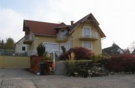 Häuser zur Miete in Ungarn Nähe Plattensee und Heilsee Hévíz