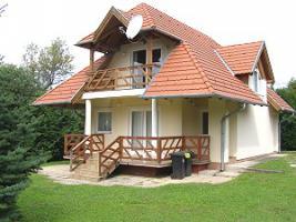 Foto 3 Häuser zur Miete in Ungarn Nähe Plattensee und Heilsee Hévíz
