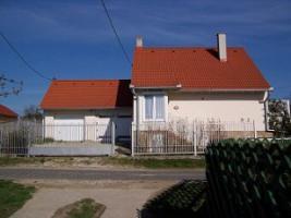 Foto 5 Häuser zur Miete in Ungarn Nähe Plattensee und Heilsee Hévíz