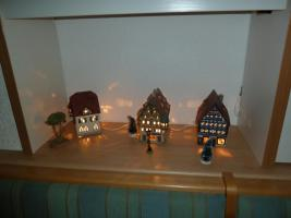 Foto 2 Häuser beleuchtet