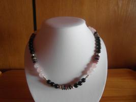 Halskette mit Turmalin