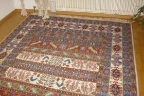Handgeknüpfter Teppich aus Tunesien