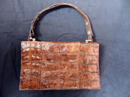 Handtasche aus braunem Leder, Henkeltasche