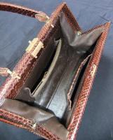 Foto 3 Handtasche aus braunem Schlangenleder