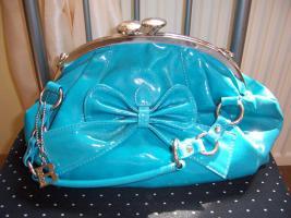Handtaschen von Bullagi