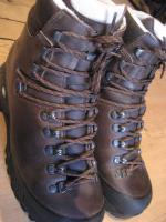 Hanwag Yukon Trekkingstiefel /  Wanderstiefel, Gr. 42, Men