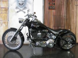 Foto 2 Harley Davidson Fat Boy Bobber