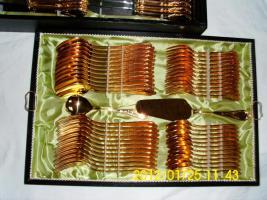 Hartvergoldetes 70teiliges Besteck von Solingen