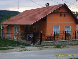 Haus mit Grundstück in Ungarn zu Verkaufen