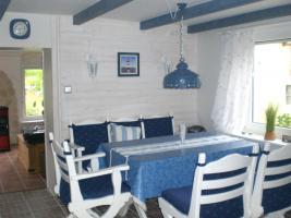 Haus am Meer Haus mit Einliegerwohnung -Ein wei�er Wohntraum in unmittelbarer N�he zum Yachthafen mit Blick auf den Deich-