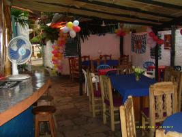 Foto 2 Haus mit Restaurant und Fremdenzimmern in Caacupe Paraguay