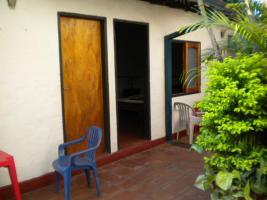 Foto 6 Haus mit Restaurant und Fremdenzimmern in Caacupe Paraguay