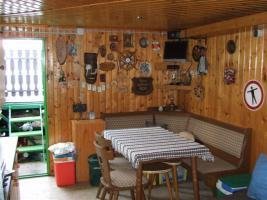 hausboot fischerh tte mit krandaubel in wien von privat. Black Bedroom Furniture Sets. Home Design Ideas