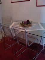Foto 0111 Tisch