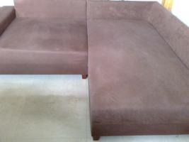 Haushaltsauflösung: Couch, Tisch, Stühle, Ergometer