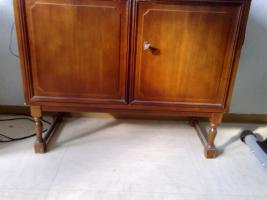 Foto 7 Haushaltsauflösung: Couch, Tisch, Stühle, Ergometer