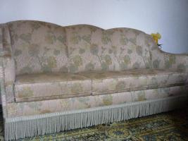 Foto 6 Haushaltsaufl�sung Esszimmerschrank , Tisch, Sofa, Wohnzimmertisch, Vasen etc.