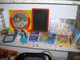 Foto 10 Haushaltsauflösung!Viele Kinderspielsachen, Porzellan u.s.w. günstig abzugeben