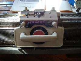 Foto 3 Haushaltsstrickmaschine, Simac DX-4000