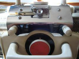 Foto 12 Haushaltsstrickmaschine, Simac DX-4000