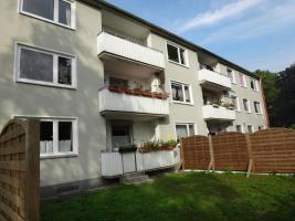 Foto 3 Helle 3-Zi. Wohnung in Neumünster mit Balkon.