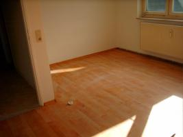 Foto 3 Helle 3 Zimmer Eigentumswohnung, zum Hammer Preis!!!