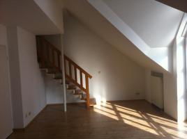 Foto 2 Helle Maisonette-Wohnung mit neuer EBK; 65 m² in Burglengenfeld