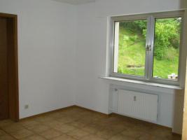 Foto 5 Helle Wohnung 97 qm mit 45 qm Hof/Garten - Kautionfrei