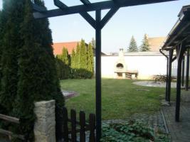 Helle freundliche Wohnung in mit Gartennutzung und Hobbyraum