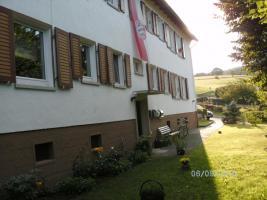 Foto 2 Helle sonnige ETW. 2  Zim. KN. Bad 50qm preiswert in Herringen/Werra zu verkaufen