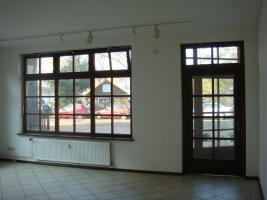 Foto 2 Helle, 150qm EG Einheit in Reinickendorf nahe Kutschi zu vermieten