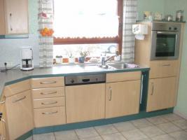Foto 4 Helle, gepflegte Küche L-Form Eichennachbildung
