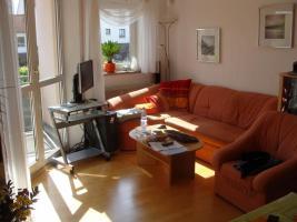 Helle, lichtdurchflutete 2-Zimmer-Wohnung, M�bel�bernahme m�glich - einziehen und wohlf�hlen!
