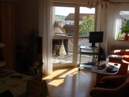 Foto 3 Helle, lichtdurchflutete 2-Zimmer-Wohnung, M�bel�bernahme m�glich - einziehen und wohlf�hlen!
