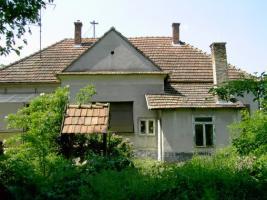 Foto 2 Herren Haus in Ungarn mit fast 9000qm Grund gegen App. oder Wohnung in Suedbayern oder Oberoesterreich