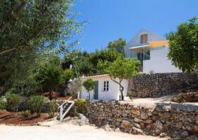 Hervorragendes Steinhaus mit gepflegtem Grundstück von 2000 m ²/Griechenland