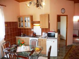 """Foto 6 Heviz!! Exkl.Ferienhaus, Zimmer, Apartement mit Schwimmbad, UNGARN, PLATTENSEE""""JOKER VILLA"""
