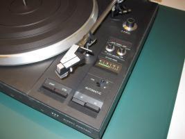 Foto 7 HiFi-Anlage Philips: Schrank, Kassetten-Recorder, Timer, Plattenspieler, Verstärker, Radio