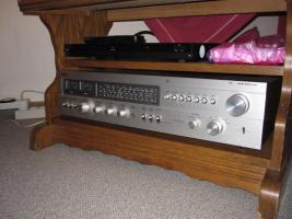 Foto 8 HiFi-Anlage Philips: Schrank, Kassetten-Recorder, Timer, Plattenspieler, Verstärker, Radio