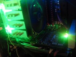 Foto 2 High End Rechner mit LG Bildschirm 22''