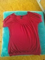 Himbeer-farbenes Tshirt