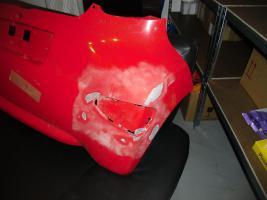 Foto 2 Hintere Stoßstange Toyota Aygo rot